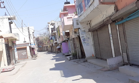 जनता कर्फ्यू के दौरान नकुड के मुख्य बाजारो की स्थिति