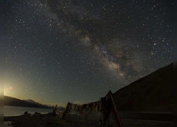 लेह से 54 किलोमीटर दूर है पैंगोंग सो